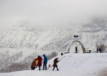 کوه بلند تاراز ، نمادی اصیل در فرهنگ بختیاری