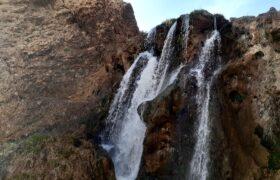 آبشارهای شیخ علیخان کوهرنگ پناهی برای فرار از گرمای داغ تابستان + عکس