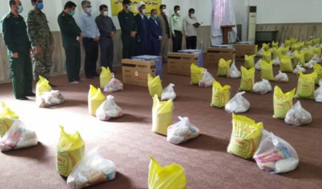 توزیع بیش از ۳۰۰ بسته معیشتی در چهارمین مرحله رزمایش کمک های مومنانه