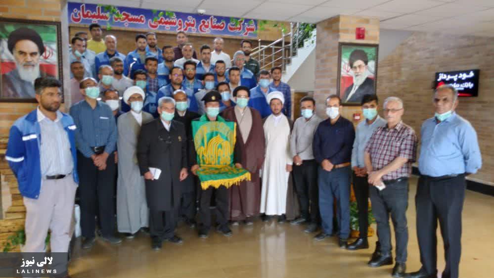 پرچم متبرک آستان مقدس رضوی وارد لالی شد/استقبال مردم از خادمان حرم رضوی
