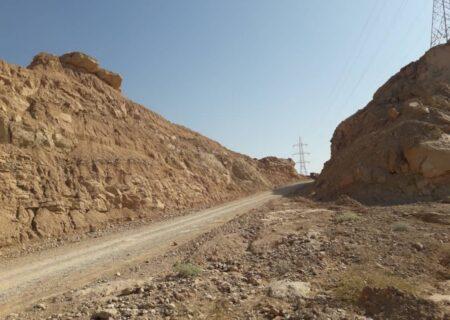 تردد سخت از جاده صعبالعبور مسجد سلیمان به ایذه در منطقه کوهستانی جریک + تصاویر