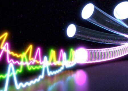 بهبود ارتباطات مخابراتی با تقویت شبکه فیبر نوری در منطقه آرپناه شهرستان لالی